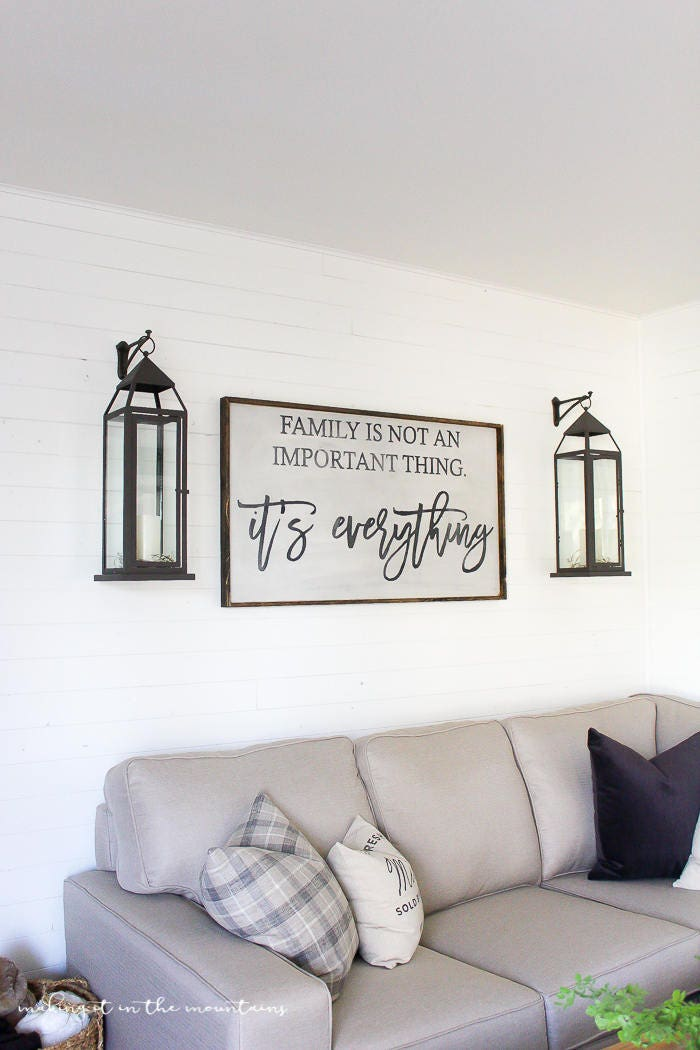 Dream Wood Wall Decor : Family is not an important thing it s everything wood