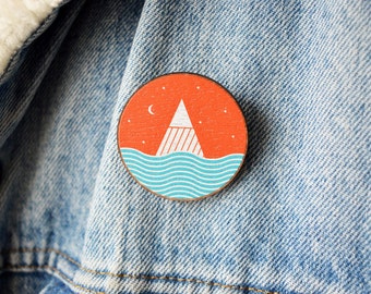 Mountain Brooch - Pin - badge - Mountains - Sea - Stars