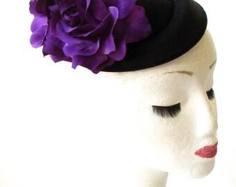 Black Purple Rose Flower Pillbox Hat Fascinator 1950s Rockabilly Vtg Races 1837