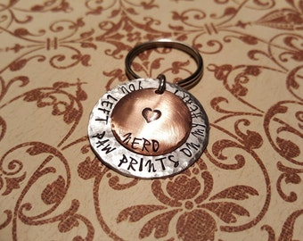 "PET MEMORIAL keychain ""You left  paw prints on my heart"" with name"