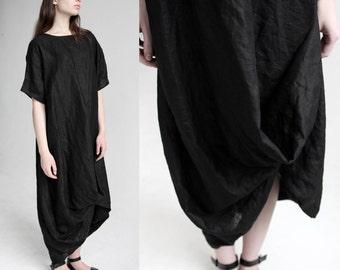 Loose fitting linen maxi dress