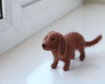Needle Felted Dachshund Dog, Miniature Felted Dog Wool Sculpture, Dachshund Gifts, Dog Gifts, Dog Art