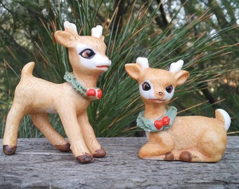 Christmas deer 2 Vintage bone china reindeer tan Treasure Masters 1950 miniature figurine woodland animals green neck wreath fawn decoration