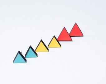 Earrings triangle made of wood