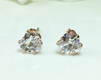 Diamond Stud Earrings,Heart Diamond Earrings,Diamond Stud Earrings,CZ Heart Studs Earrings,Gold Diamond Heart,Cubic Zirconia Stud,Romantic