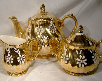 Sadler All Gold Tea Set 2761 F Golden with White Flowers 1950 3 pieces