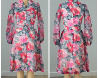 1960s Grey and Pink Floral Print Dress and Belt