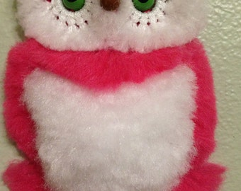 Pink Baby Owl wall decor, macrame