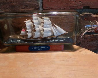 Vintage Ship in a bottle, Cutty Sark ship in a bottle, Hand built ship in a bottle, English ship in a bottle, Rare ship in a bottle