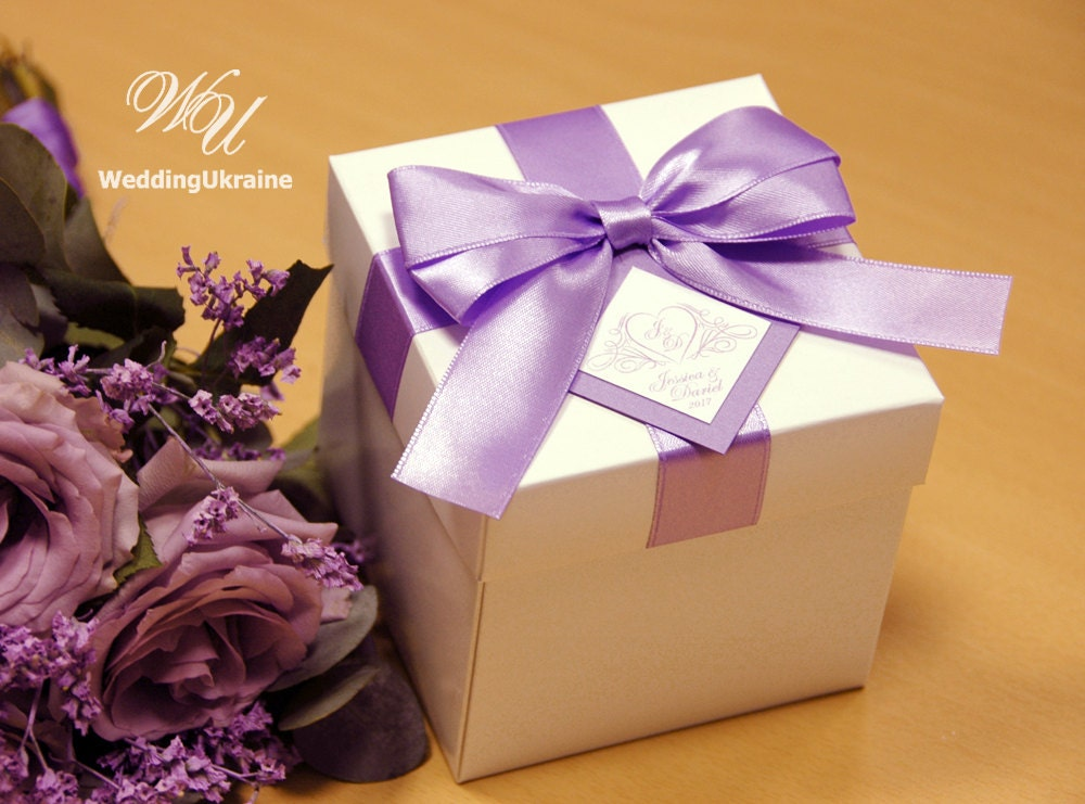 Wedding Gifts Boxes: Elegant Lavender Wedding Gift Boxes With Satin Ribbon Bow And