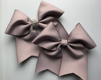 Gray Softball Bow/ Softball bows/ Gray Cheer Bow/ Cheer Bows/ Gray Soccer Bow/ Soccer Bows