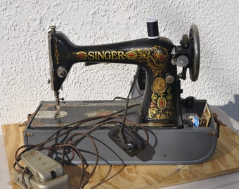 Early Singer Sewing Machine G0459602
