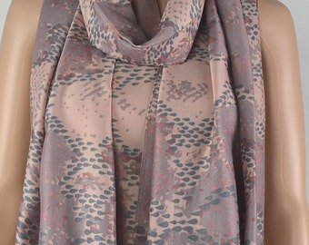 Pink purple cotton scarf, pythons grain animal printed scarf, autumn winter warm scarf, fringed shawl, soft and comfortable