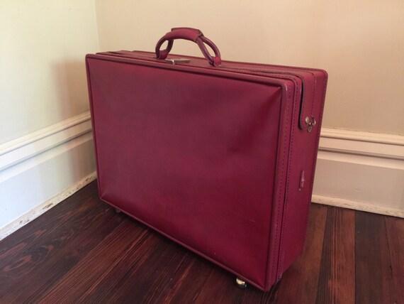 Vintage Red Hartmann Luggage on Wheels/Vintage Rolling