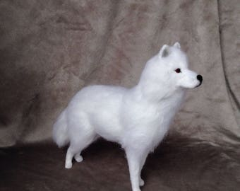Direwolf Game of thrones - White wolf - Game of thrones - Needle felted wolf - Felted animal - felted wolf - Gift for him - Handmade - OOAK