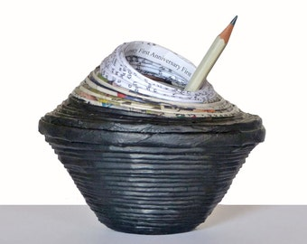 First Anniversary Gift for Him Paper Pencils Pot Husband Office Décor Black Newsaper Vase Recycled Eco-Friendly