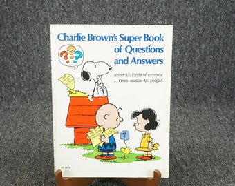 Vintage Charlie Brown's Super Book Of Questions And Answers C. 1976