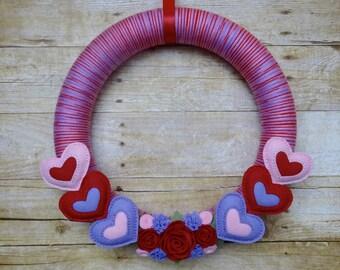 Valentine Felt Wreath, Felt Flower Wreath, Valentine Wreath, Valentine's Day Wreath