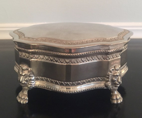 Silver Tone Footed Music Jewelry box, jewelry safe keeping, music jewelry box, velvet lining