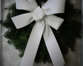 White velvet bow, wreath bow, white package bow, six loop bow, wreath decoration, holiday bow, garland bow, velvet outdoor, free shipping