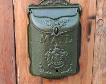 CIV006 French Victorian Style Vintage European High-grade Cast Iron Crafts Retro Old Style Mailbox Queen Size
