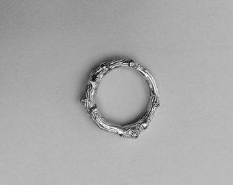 Silver twig ring/solid silver twig ring/silver oak ring/oak twig ring/heavy oak twig ring/heavy twig ring/sterling silver twig ring