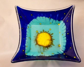 fused glass square bowl, glass painted, blue, yellow, turquoise, handpainted, handmade