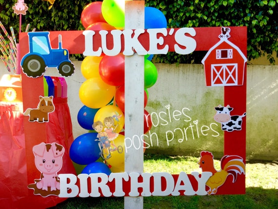 Farm theme birthday photo booth party wood decoration farm for Animals decoration games