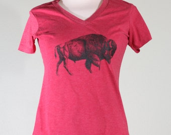 Heathered red women's buffalo tee