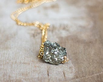 Raw Pyrite Necklace, Fool's Gold Necklace, Raw Crystal Necklace, Natural Iron Pyrite Jewelry, Metallic Stone Necklace, Rough Stone Jewellery