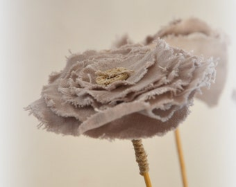 Flower fabric: linen, twine, button / hand made decoration