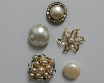 Vintage Magnet Set | 5 Pretty Pearl Magnets | Upcycled Jewelry | Costume Jewelry Vintage | Fridge Magnets | Custom Magnets