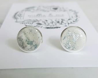 Silver and pearl clay stud earrings/ pearl earrings/ pearl/ silver earrings/ polymer clay jewellery/ clay earrings