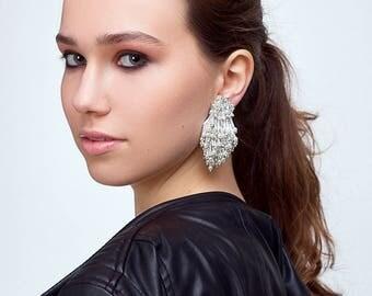 Eliza earrings clip-on  -WHITE