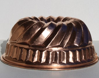 Copper mold for sweets and foods. Vintage. Version 2.