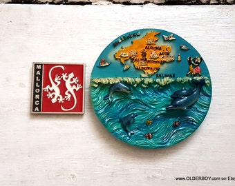 2 SOUVENIRS from MALLORCA wall decor and fridge magnet refrigerator magnets wall plate mallorca vintage magnet collectible vtg  K07/482