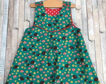 Girls dress, Size 2 years, Girls pinafore, Girls Overall, Hedgehogs and Toadstools, Polka dot, Fully lined, Summer dress, Play dress, Green
