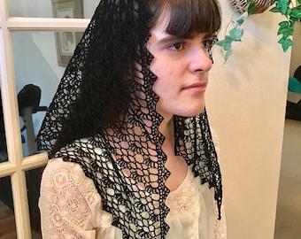 Paige Motif Crocheted Catholic Chapel Veil in Black