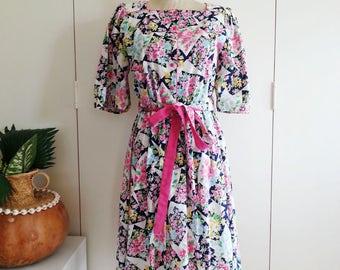 Medium Vintage 80s Colorful Patchwork Print look Day Dress