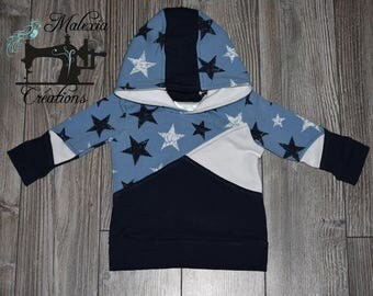 Hoodie 6-9 months: the stars in blue