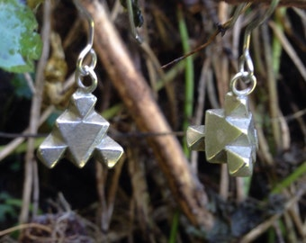 Geometric math science earrings // Sierpinski triangle // Octahedron stack fractal // Sterling silver.
