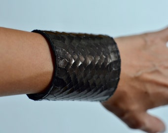 Genuine Snake Skin Cuff Bracelet, Wide Leather Bracelet, Snake Leather Cuff, Black Leather Bracelet, Black Leather Cuff, Wide Cuff Bracelet