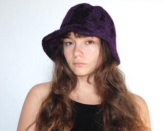 90s/00s Vintage Fuzzy Plum Dark Purple Soft Bucket Hat