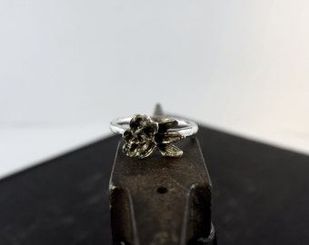 Silver Rose Ring   Abstracted Floral   Oxidized Sterling Silver   Silver Ring   Size 7.5