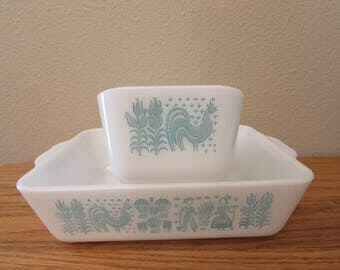 Set Of 2 Vintage Pyrex Amish Butterprint Turquoise Cinderella Casserole Dishes