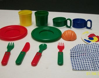 Pretend Play Kitchen 13 Pc Plastic Dishes,Cups,Plates, Knives,Forks, Cup Holders,Napkin, Orange Slice ,Multi-colored