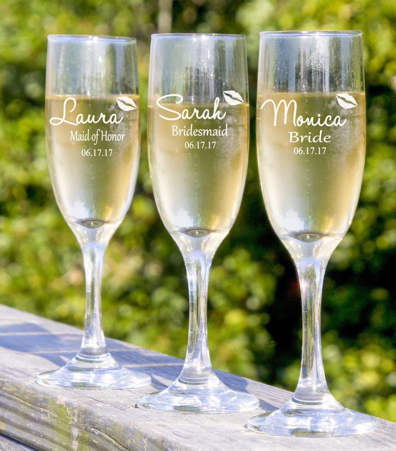 Wedding Gift Champagne Flutes: Bridesmaid Champagne Glasses Personalized Wedding Party Gift