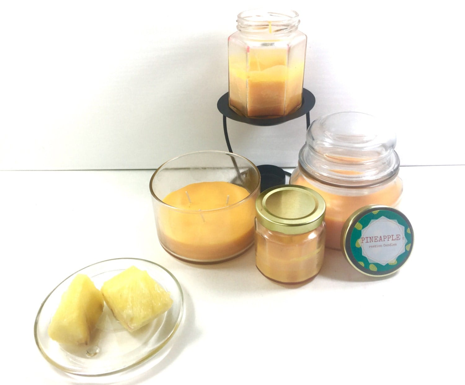 The Yankee Candle Beach Collection Coconut Beach Small Tumbler Candle is a limited-edition scent that transports you to the tropics. With notes of coconut, pineapple, and vanilla, it's the next best thing to relaxing in a seaside hammock.