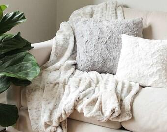 Faux Fur Throw Blanket | Sofa Throw | Decorative Blanket | Faux Fur Blanket | Bed Throw {Faux Fur Throw}