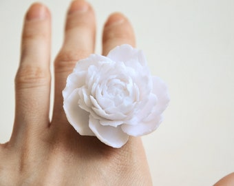 White flower ring, white wedding, wedding ring, white ring, white jewelry, large white flower, white flowers, big white flowers,flower white
